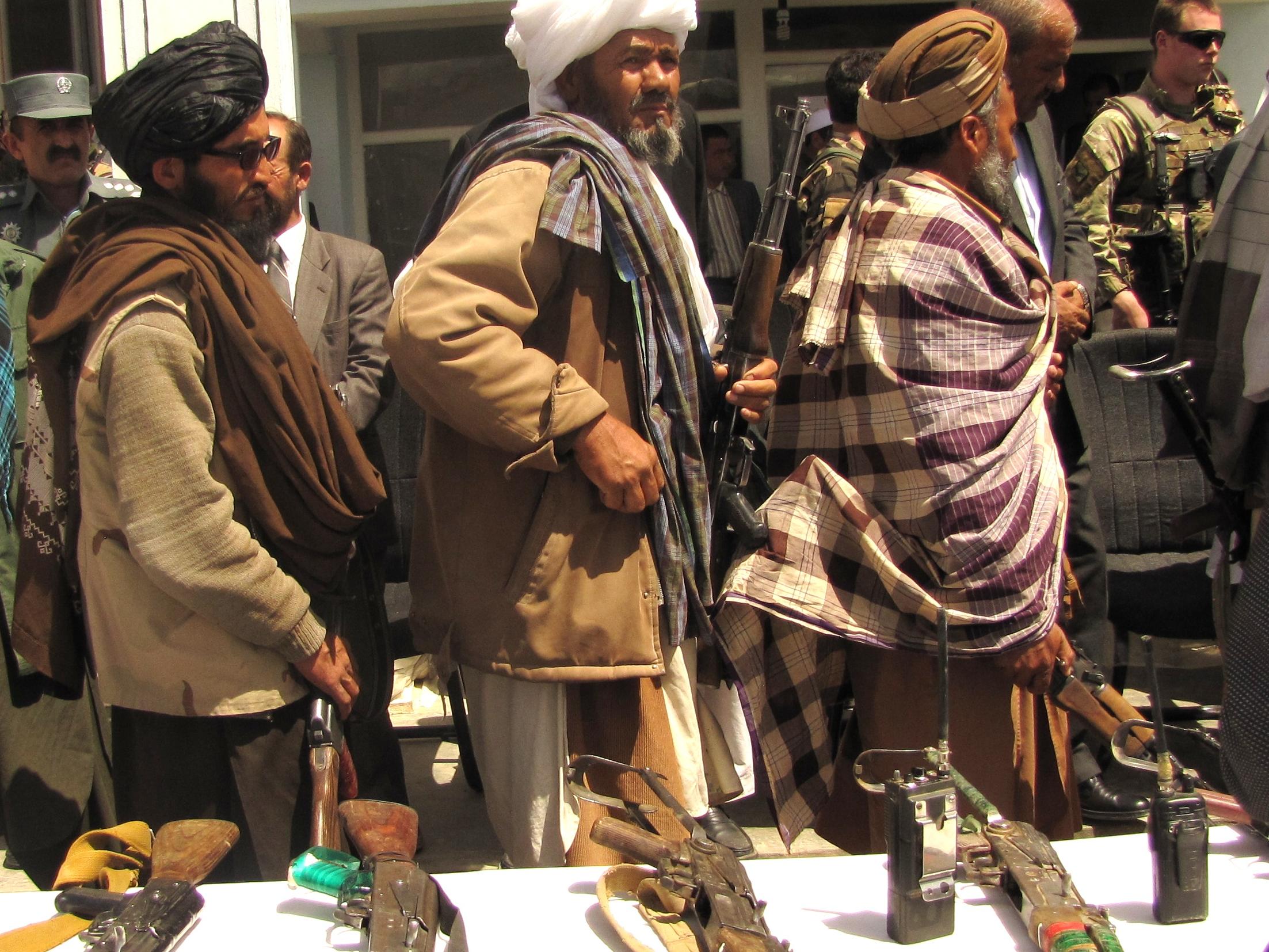 Talibã vai retomar execuções e amputações de condenados no Afeganistão