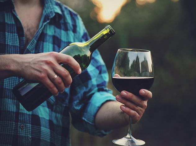 Sommelier indica vinhos tintos e brancos franceses para cada tipo de gosto