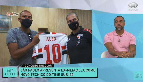 Denílson se anima com discurso de Alex no Sub-20 do São Paulo
