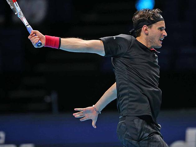 Thiem supera Djokovic em batalha mental e vai à decisão do ATP Finals