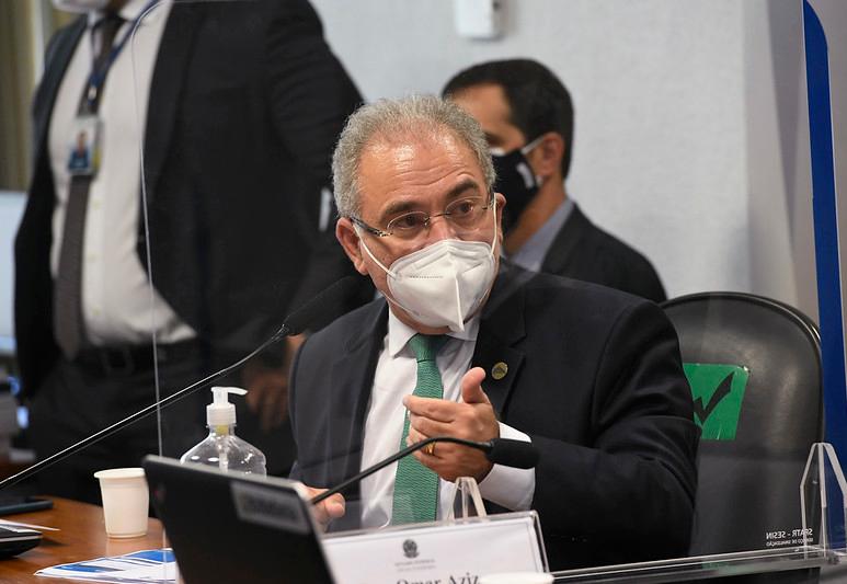 Não são as sociedades científicas que definem as políticas públicas, diz Queiroga sobre a cloroquina