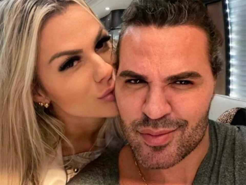 Após polêmicas, Eduardo Costa e Mariana Polastreli assumem relacionamento