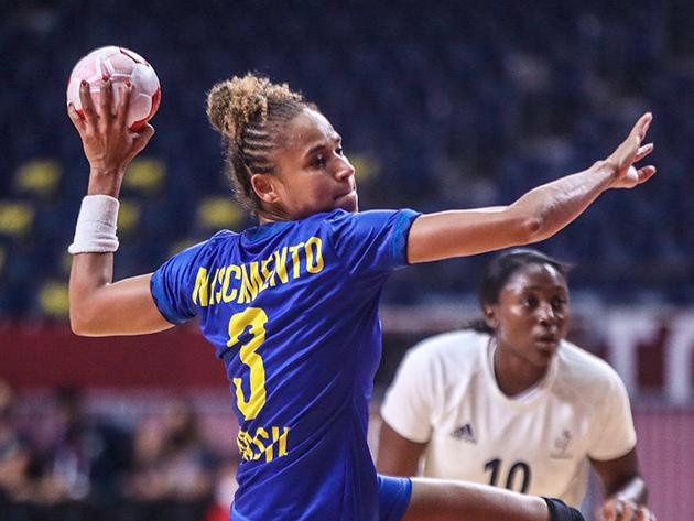 Seleção feminina foi derrotada por 29 a 22