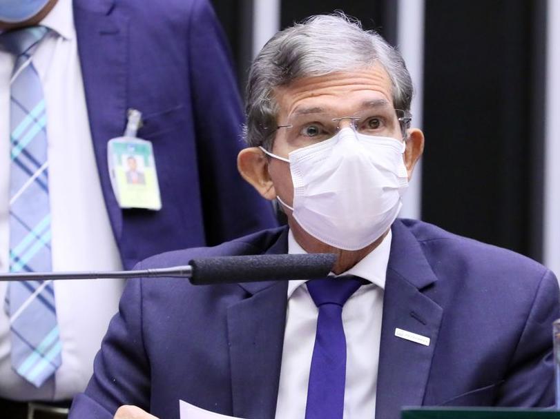 Presidente da Petrobras afirma que não houve mudança na política de preços da companhia