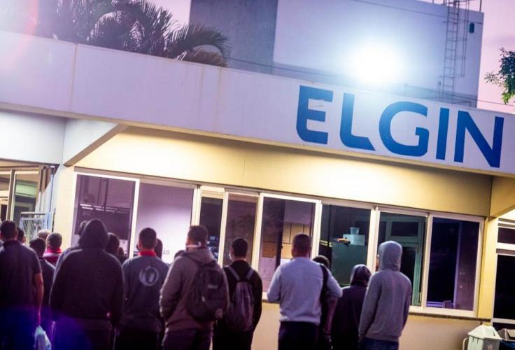 Metalúrgicos da Elgin votam proposta da empresa, em São José dos Campos