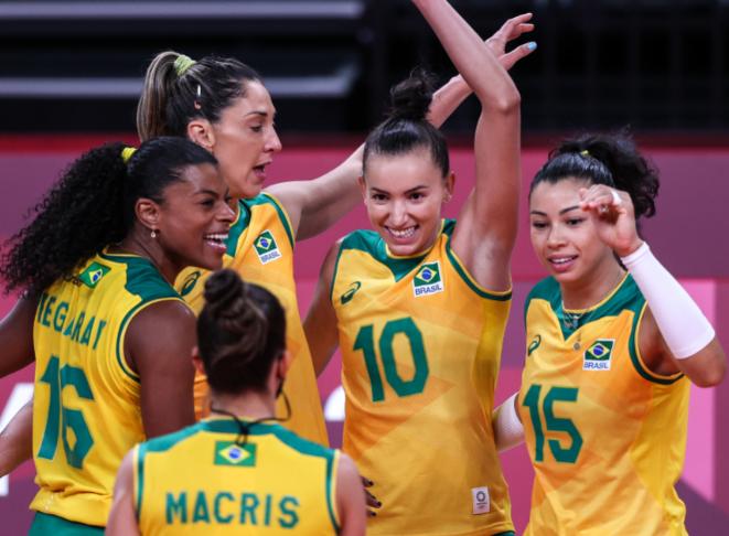 Vôlei feminino: Brasil vence Japão por 3 sets a 0 e segue invicto em Tóquio
