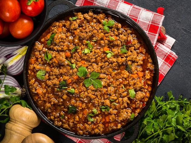 Molho à bolonhesa: receita tradicional italiana é feita com blend bovino e suíno