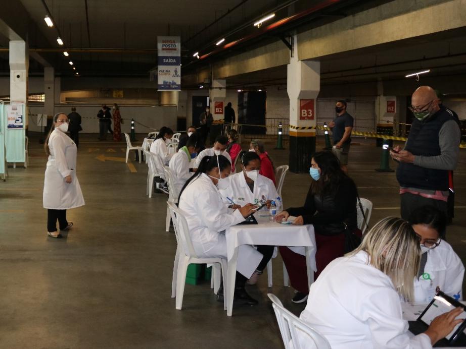 SP: Capital paulista avança na vacinação contra Covid-19 e imuniza maiores de 32 anos