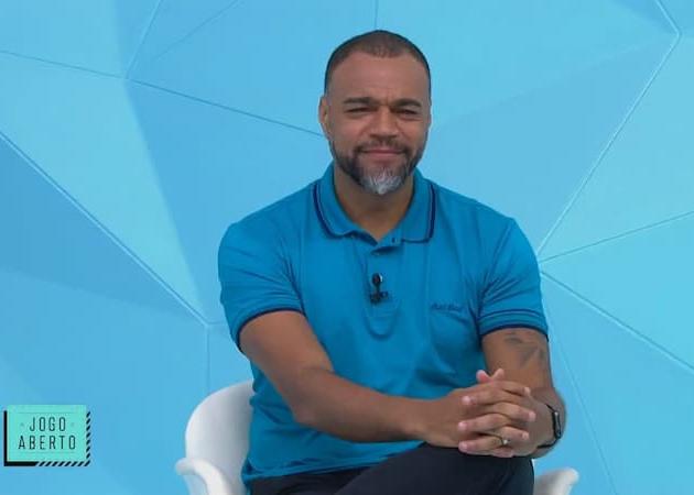 """""""O Corinthians está no caminho do Cruzeiro"""", diz Denílson"""