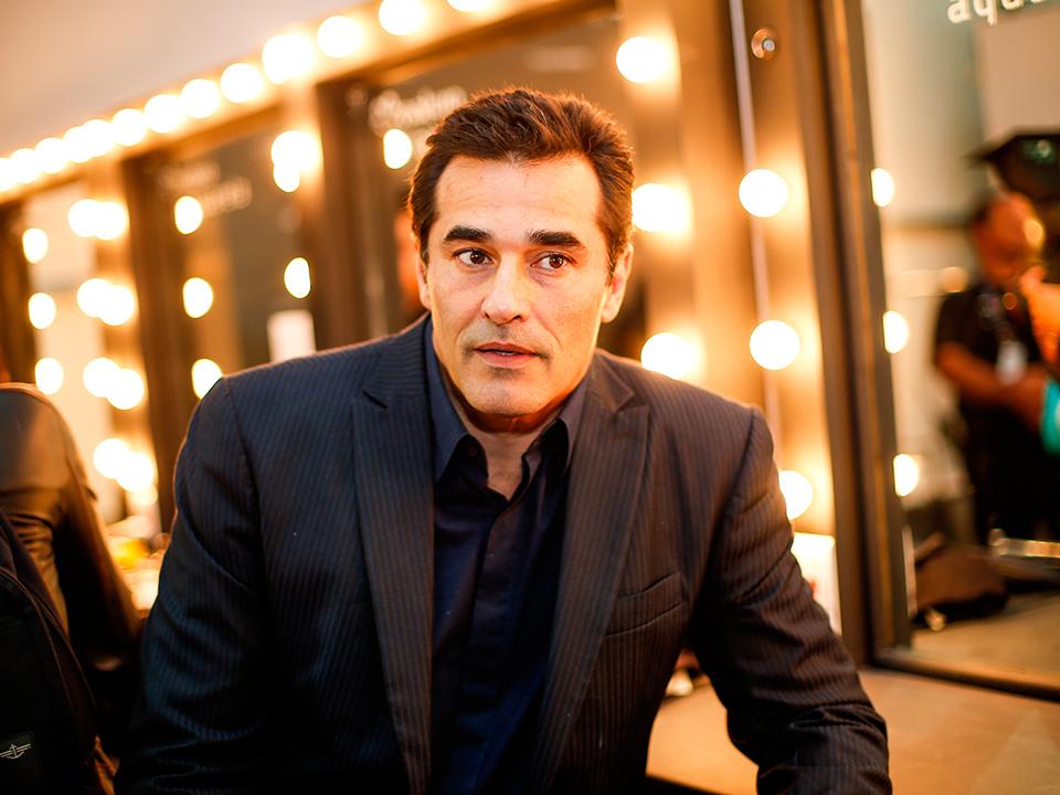Internado por Covid-19, ator Luciano Szafir passa por cirurgia abdominal