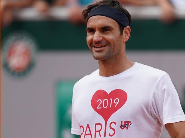Federer confirma participação em Roland Garros este ano
