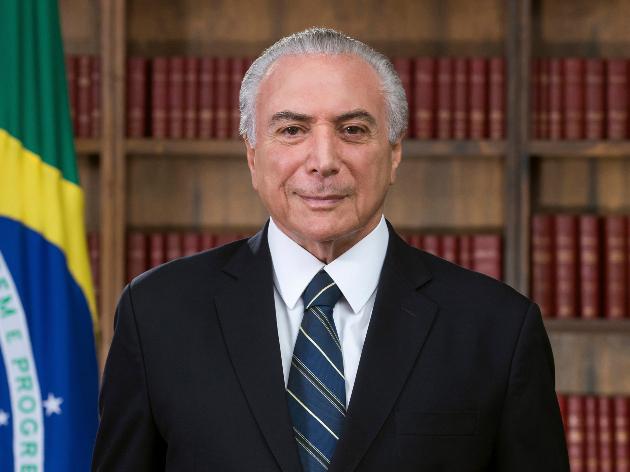 Temer não crê em eleições ameaçadas e vê ida de Bolsonaro ao Centrão como natural