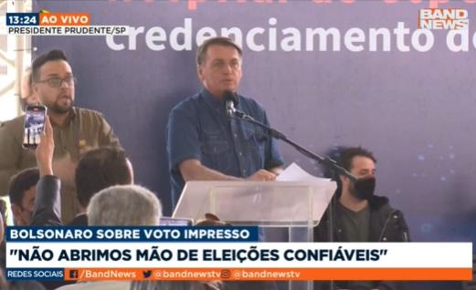 Bolsonaro volta a criticar urnas eletrônicas em evento no interior de SP