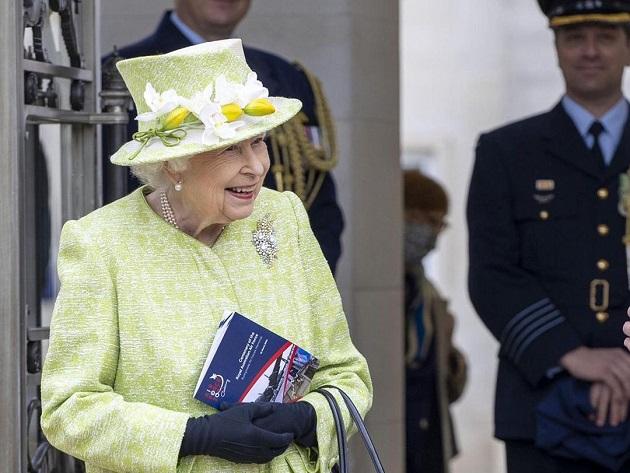 Rainha Elizabeth completa 95 anos hoje; aniversário é o primeiro sem Philip em mais de 7 décadas