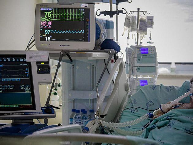 Hospitais devem sofrer reflexos das aglomerações de fim de ano até segunda quinzena de fevereiro