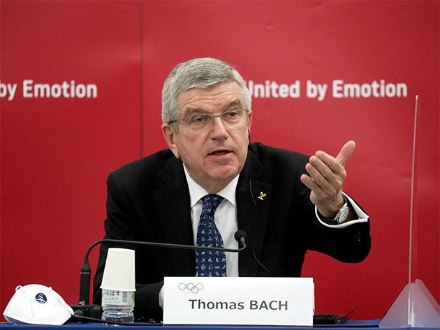 """Bach defende vacinação de atletas por """"demonstração de solidariedade"""" a japoneses"""