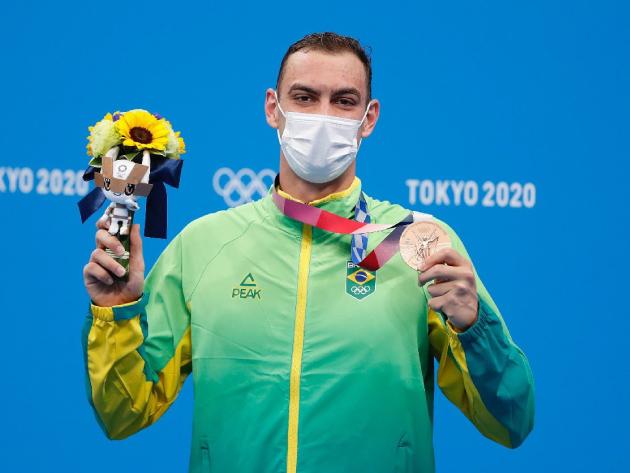 "Fernando Scheffer dedica bronze aos brasileiros e diz: ""A ideia era nadar feliz"""