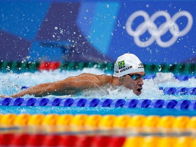 Milak bate recorde de Phelps e fica com ouro nos 200m borboleta; Léo de Deus é sexto