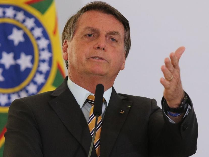 """As ações de Bolsonaro são vistas pelo âncora Reinaldo Azevedo como """"tapas na cara"""" do Supremo"""