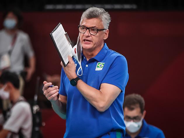 """""""Esse time vem dando demonstrações de superação"""", diz Renan após batalha contra França"""