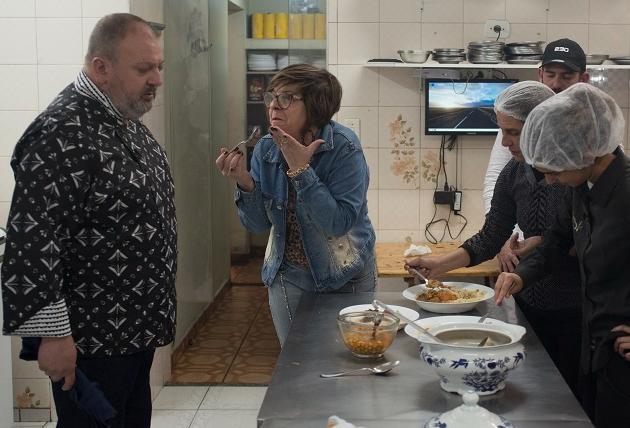 Pesadelo na Cozinha na íntegra: assista ao episódio do El Maktub aqui