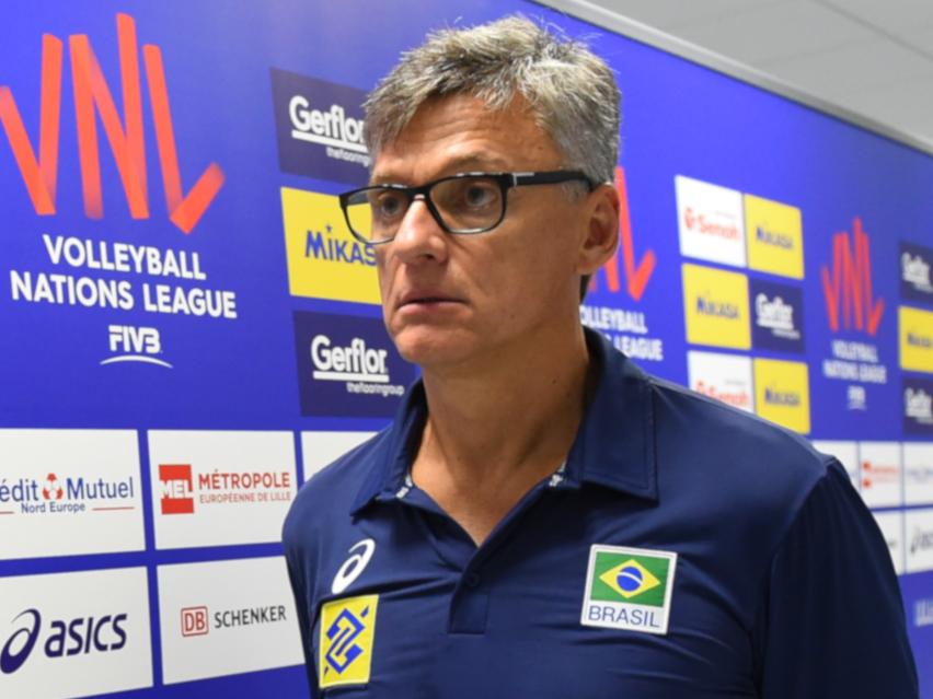 """""""Pelo amor de Deus, não saiam de perto de mim"""": Renan Dal Zotto revela pedido durante internação com covid-19"""