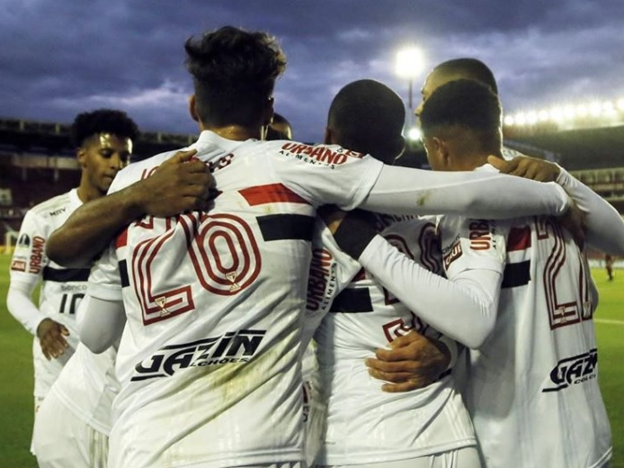 De virada, São Paulo perde para o Lanús na Argentina