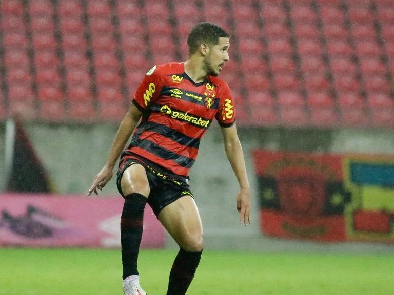CBF dá posicionamento favorável ao Sport sobre suposta irregularidade do zagueiro Pedro Henrique