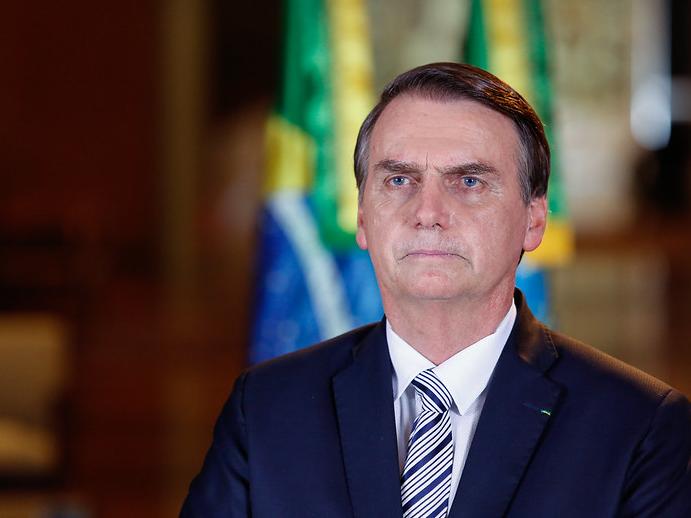 Desaprovação a Bolsonaro tem pior índice e vai a 52%, aponta pesquisa PoderData/Band