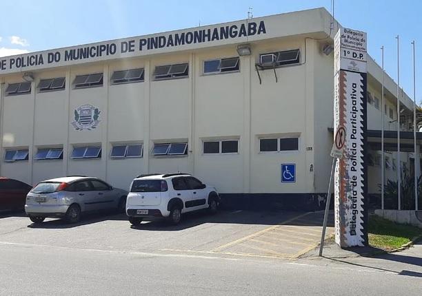 Polícia Civil de Pindamonhangaba fez operação em conjunto com a Vigilância Sanitária