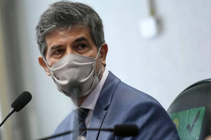 Nelson Teich afirma que deixou o Ministério da Saúde por falta de autonomia
