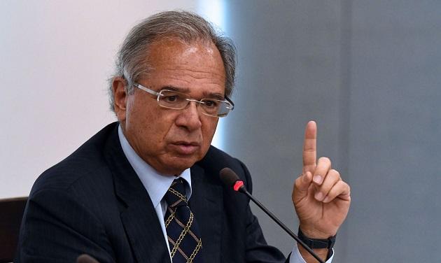 Reinaldo Azevedo: Fura-teto eleitoral tem apoio de Guedes