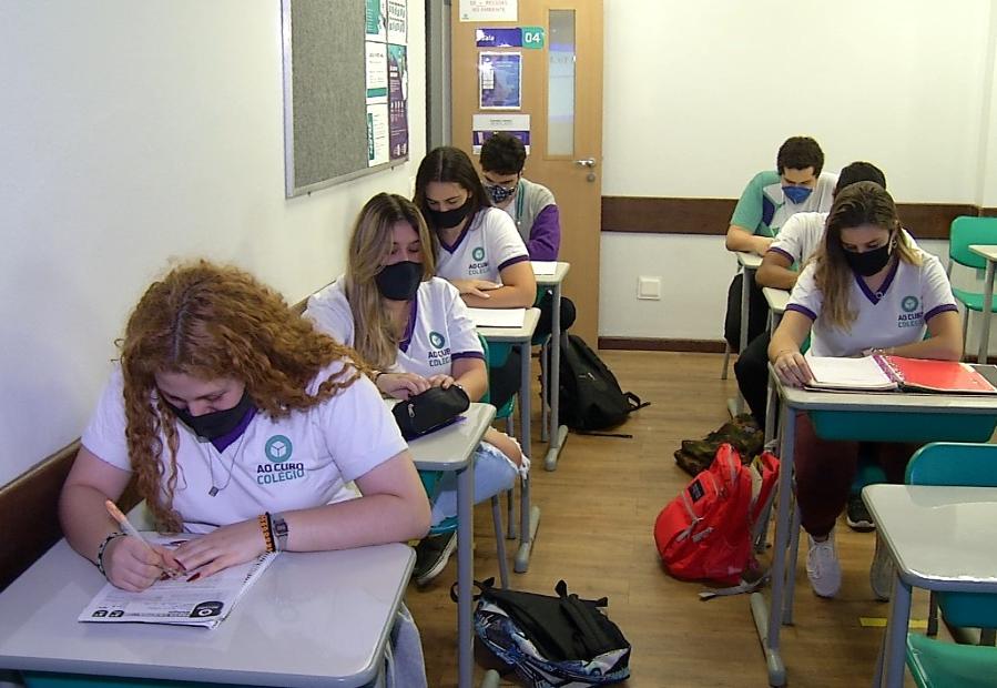 Escolas do Rio encontram dificuldades para implementar novo ensino médio