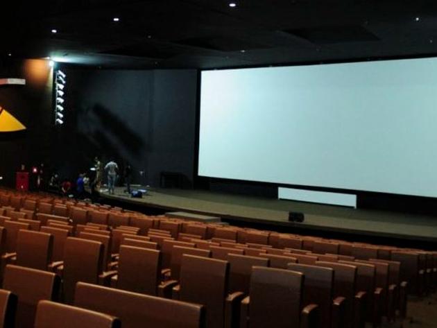 Rio: Teatros e cinemas e podem funcionar com lotação máxima a partir desta segunda
