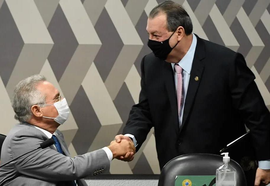 Renan Calheiros faz críticas a Pazuello e à Lava Jato na abertura da CPI