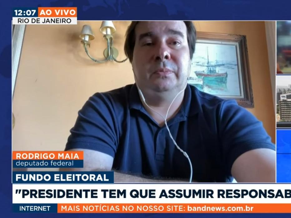 Fundo eleitoral: Presidente tem que assumir responsabilidade, diz Rodrigo Maia