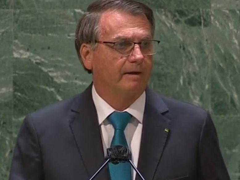 """Na ONU, Bolsonaro defende tratamento ineficaz contra Covid e diz que não há """"caso concreto de corrupção"""" no Brasil"""