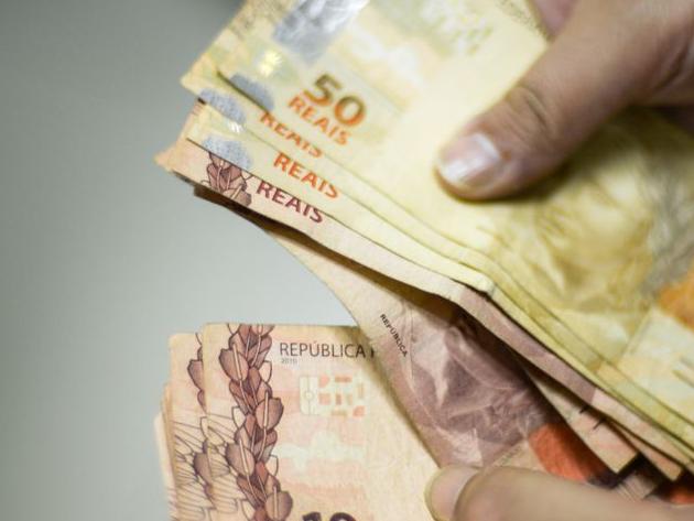 Eduardo Oinegue: Por trás do Brasil que pode comprar carro de 1 milhão e apê de 35 milhões