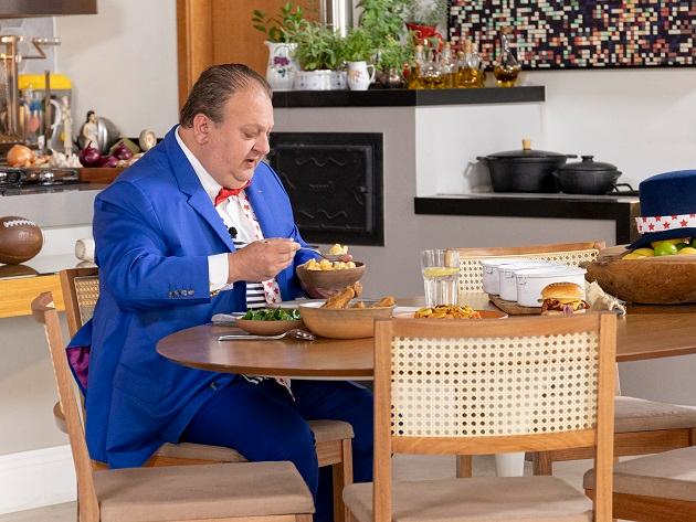"""Jacquin elogia jambalaya em degustação: """"Comida extraordinária"""""""