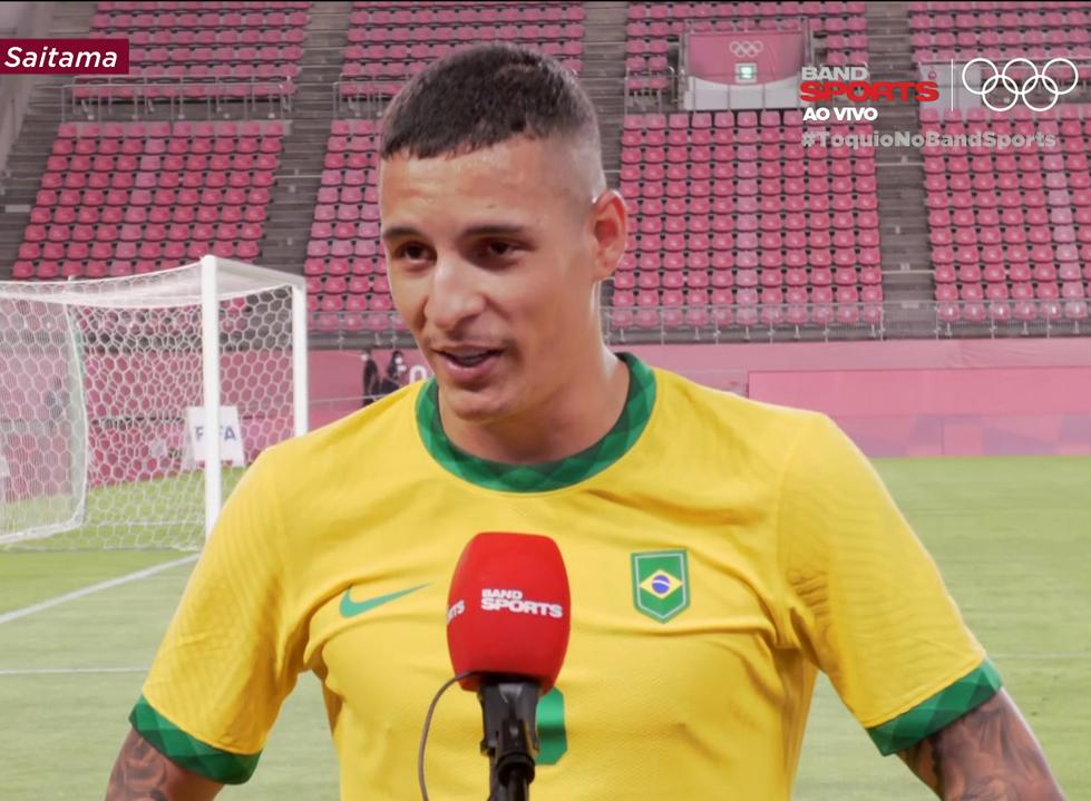 """Arana: """"povo brasileiro tem que estar com a gente"""""""