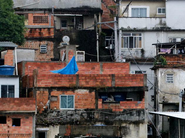 Mais da metade dos moradores de favelas do estado do Rio de Janeiro perderam o emprego