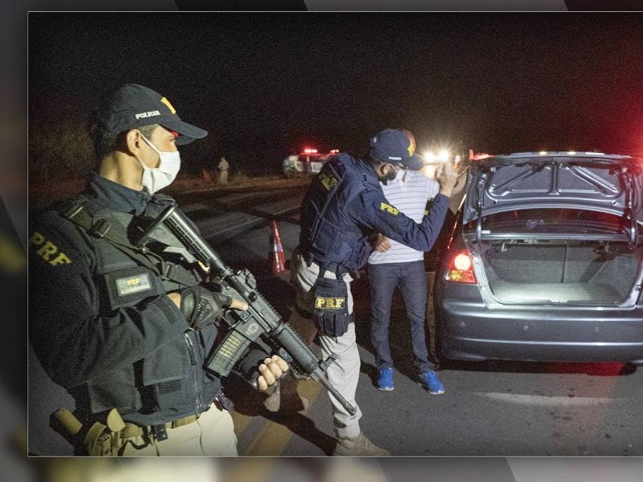 Mortes, tiroteio e pânico: todos os momentos da fuga de Lázaro Barbosa