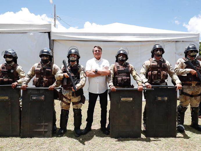 As 7 crises que pressionam o governo Bolsonaro no 7 de setembro