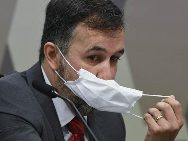 TCU suspende auditor que produziu relatório falso citado por Bolsonaro