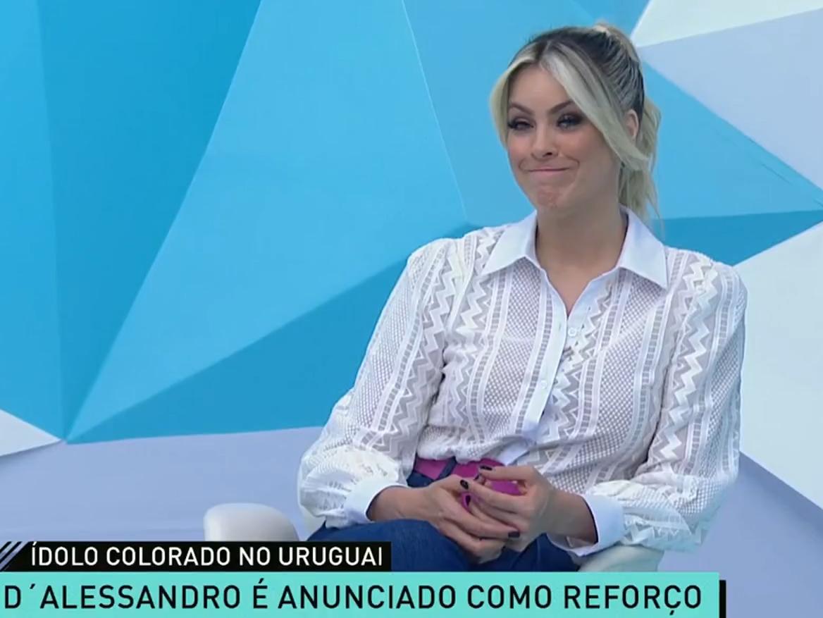 """Renata defende ida de D'Alessandro ao Nacional: """"Vai ser a estrela do time"""""""
