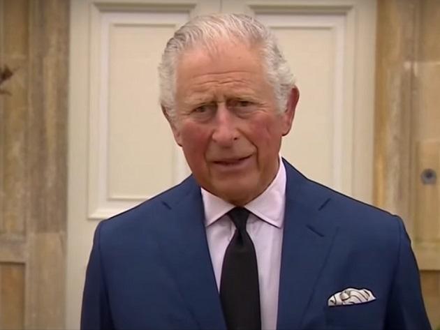 """Príncipe Charles presta homenagem ao pai: """"Pessoa muito especial"""""""