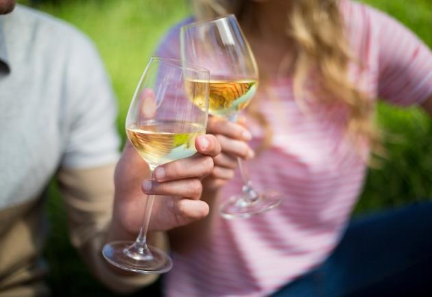 Está a fim de beber um vinho branco? Aposte nesses portugueses