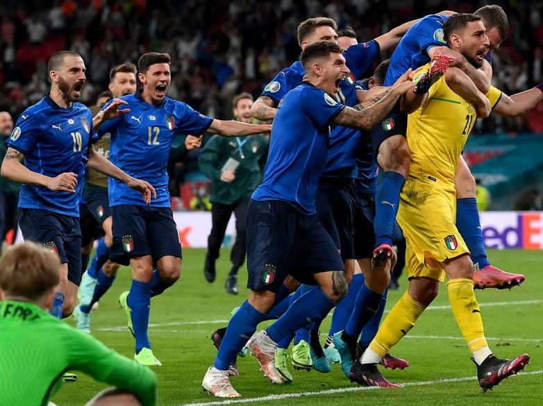 Com cinco italianos e sem CR7, Uefa divulga seleção da Eurocopa