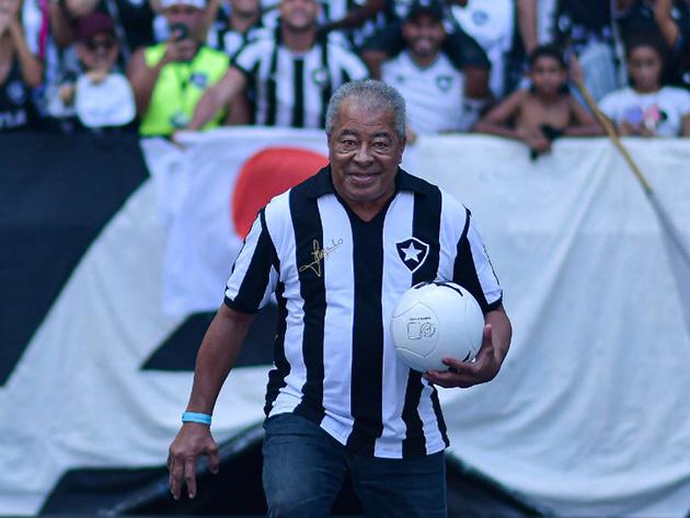 Furacão da Copa de 70, Jairzinho é internado com covid-19