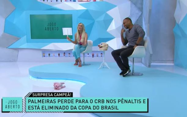 Palmeiras eliminado: zoeira com Denílson tem placa, recado e até porquinho CRB